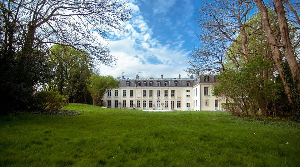 Прием документов на поступление в духовно-образовательный Центр имени преподобной Женевьевы Парижской