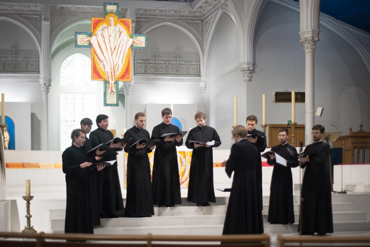 Благотворительный концерт в поддержку Сергиевского института