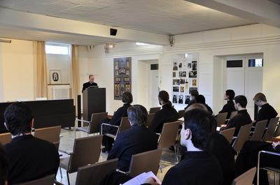 Лекция священника И. Дестивеля о влиянии русской экклезиологии на западное богословие в ХХ веке