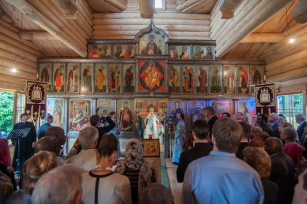 В семинарии освящен деревянный храм Рождества Пресвятой Богородицы